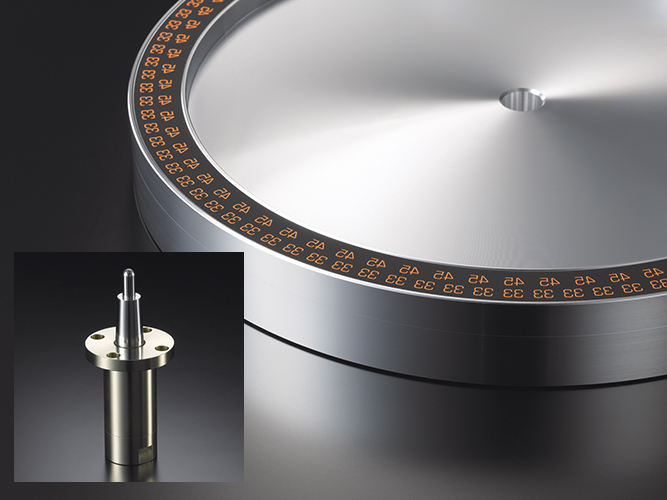 Turntable and spindle